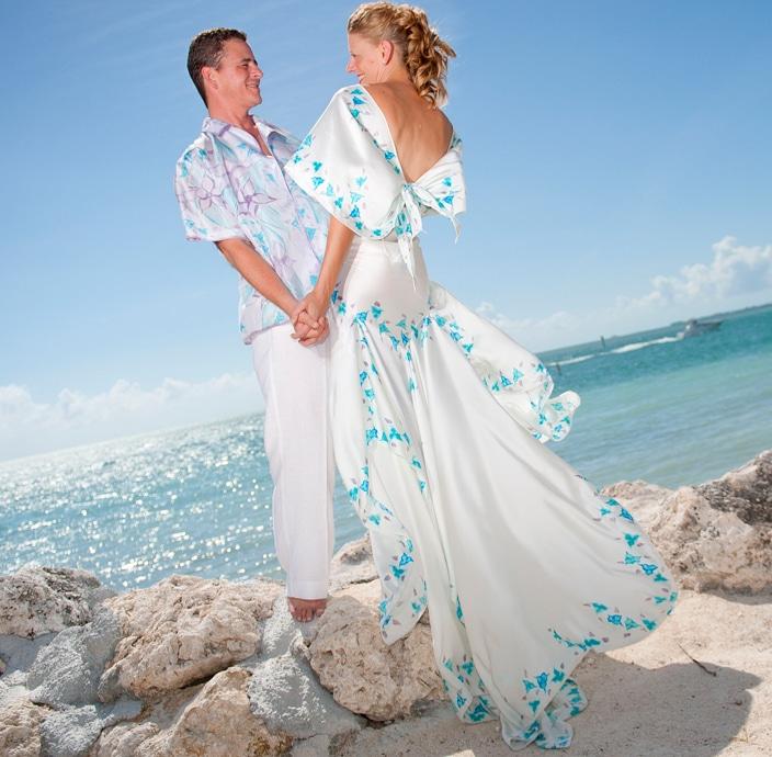 groom-attire-beach-wedding