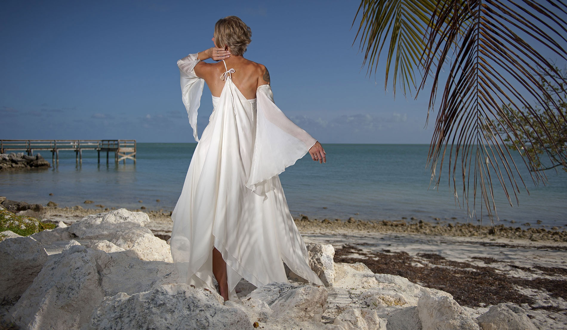 One Shouldered Second Marriage Wedding Dresses Beach - Look 2 back