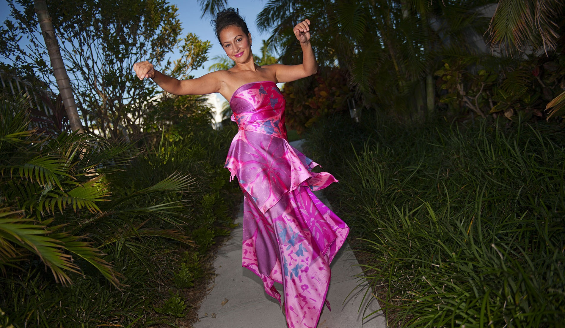 Dropped Waist Mermaid Style Beach Wedding Dresses - Martinique - Look 3 front