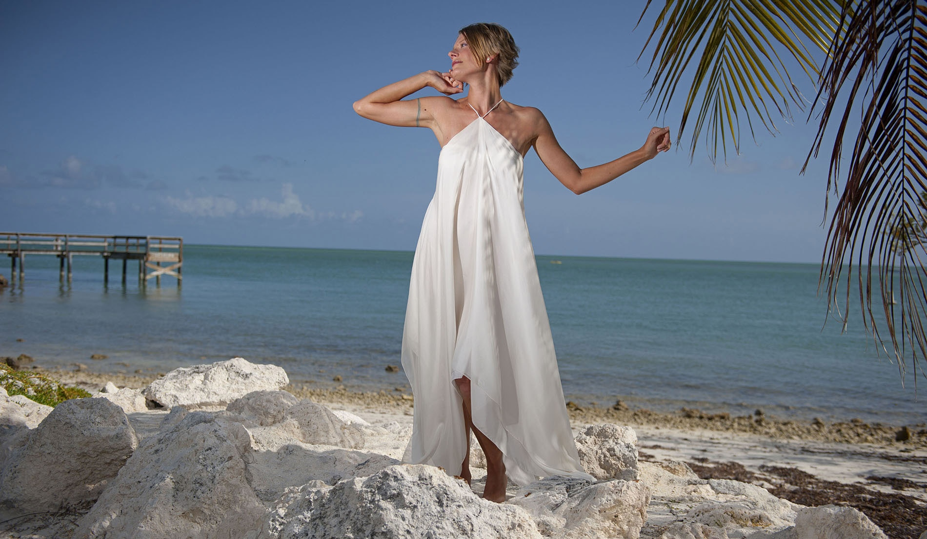 Second Marriage Wedding Dresses Beach with Choker - look 3 front