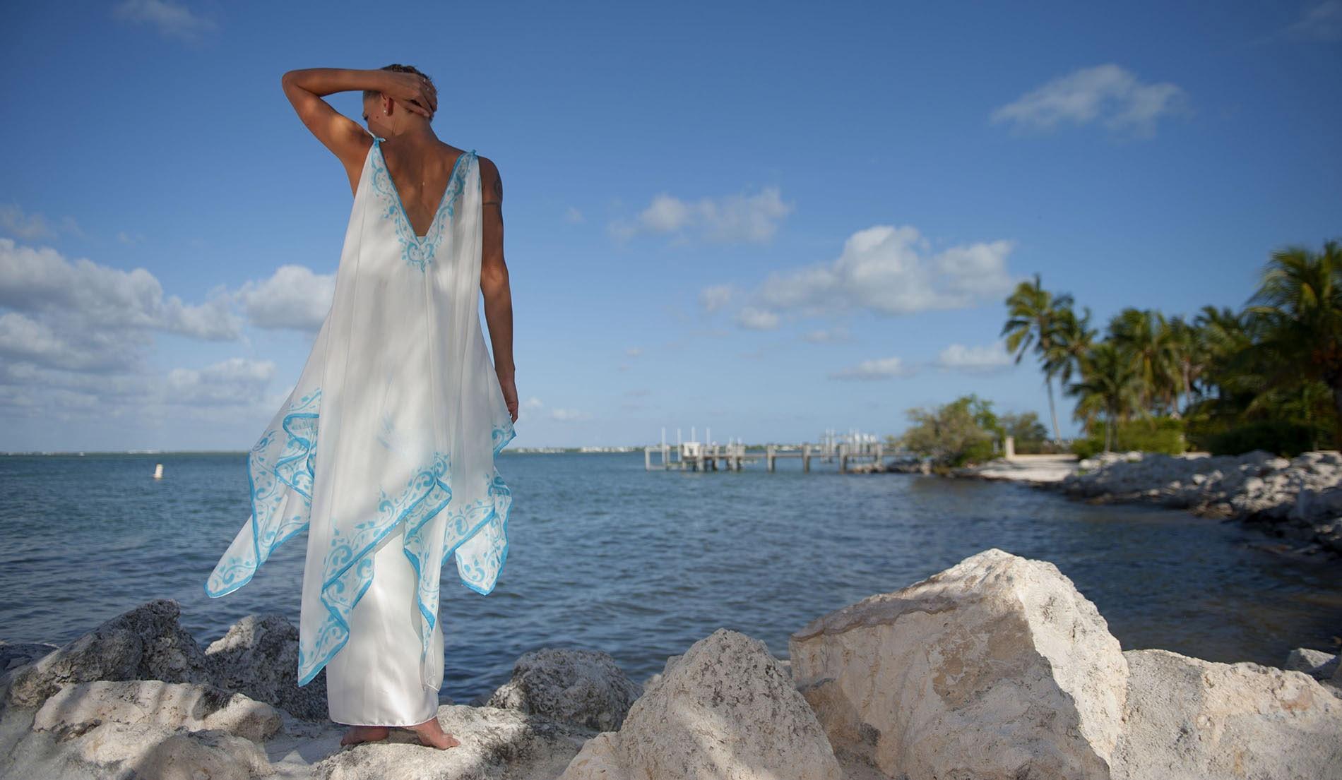 Simple Wedding Dresses Under 500: Elegant Beach Wedding Dress