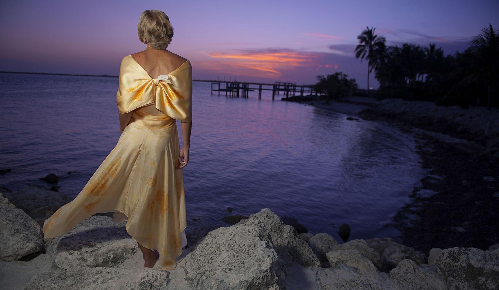 V Neck Beach Inspired Wedding Dresses - Look 3 Back