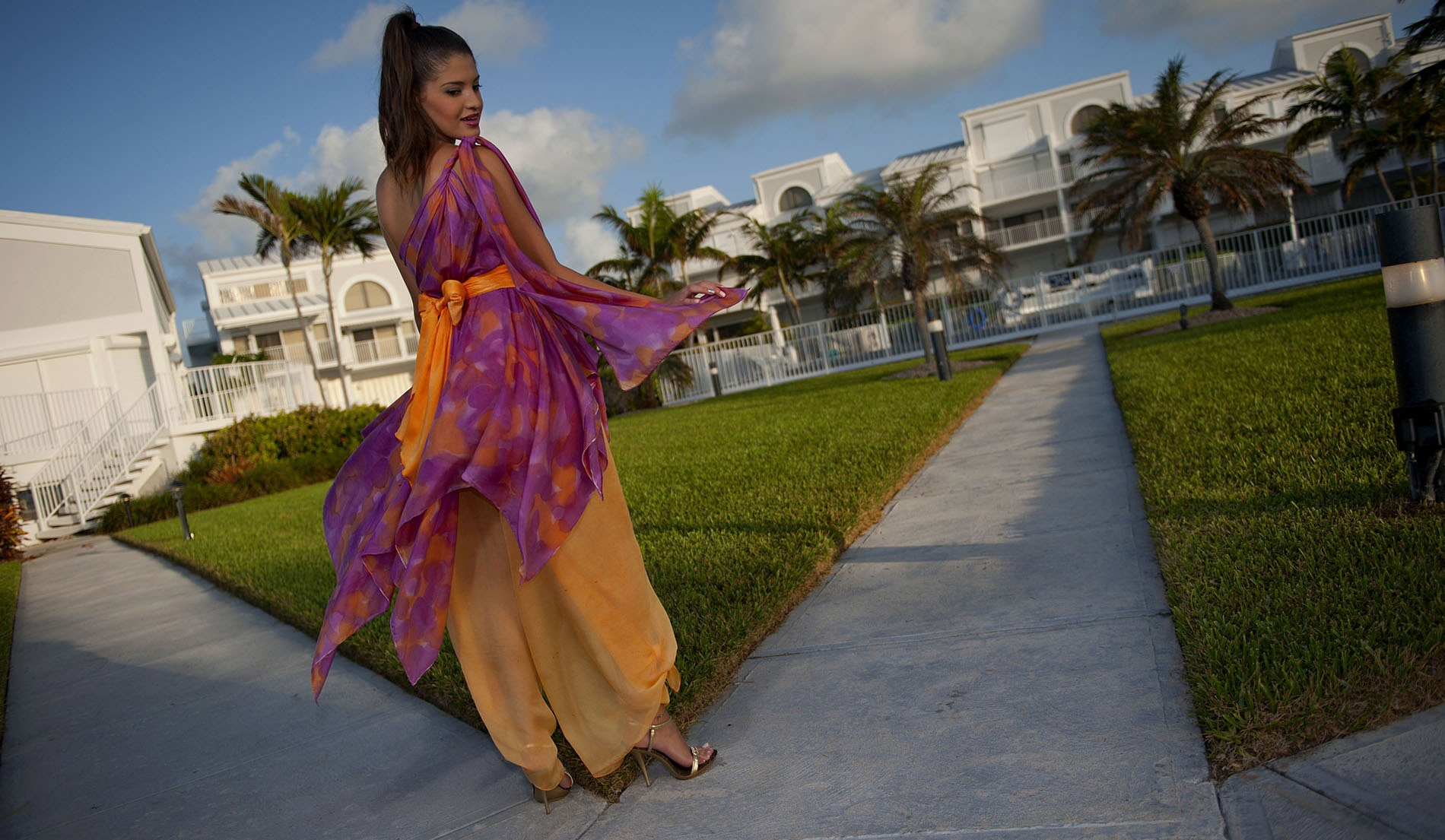 Natural Waist Wedding dresses for beach weddings - Look Book for Dominica - Look 9 back