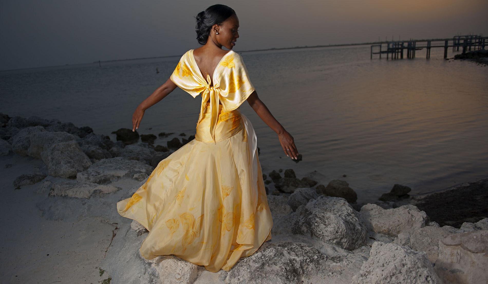 Side-sashed skirt Beach Inspired Wedding Dresses - Look 10 back