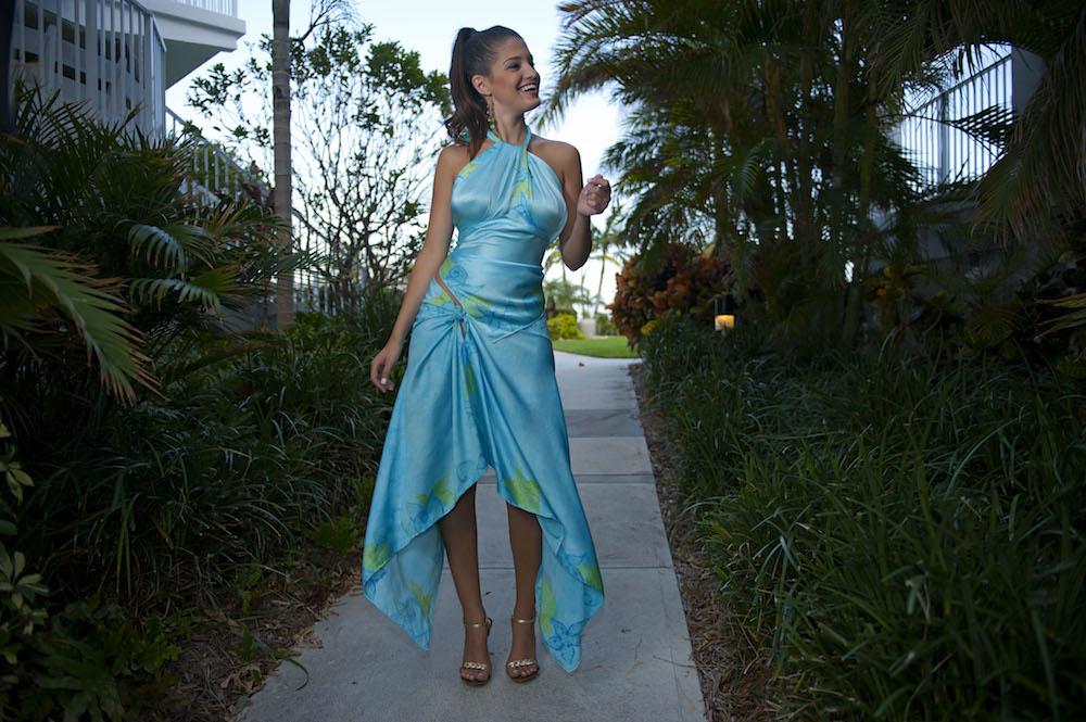 001_Tobago_Look_1_front_asymmetric_bridesmaid_dressDSC_5736