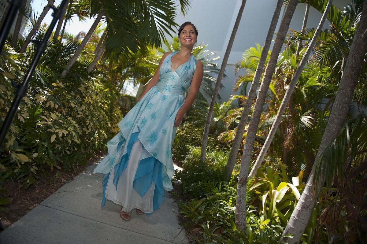 Tropical resort wear