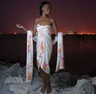 Featured_Yemanja_Stole_Look_1_front_luxe_white_beach_wedding_sarong_DSC_5175