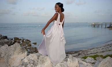rsz_rsz_004_patricia_look_2_back_simple_beach_wedding_dress_defined_waist_dsc_2567_1