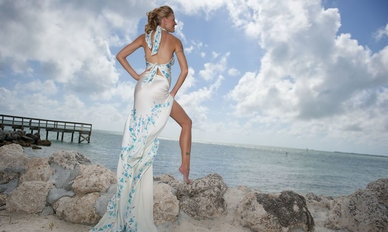 rsz_010_eleganza_look_5_romantic_convertible_beach_wedding_dresses_high_slit_dsc_9993 (1)